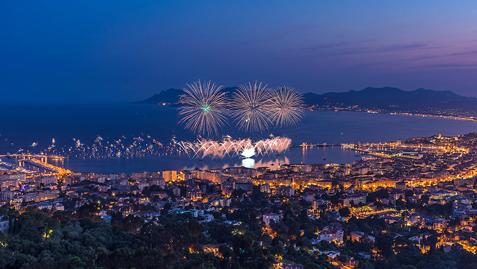 Welcome to Cannes for the end of year celebrations!